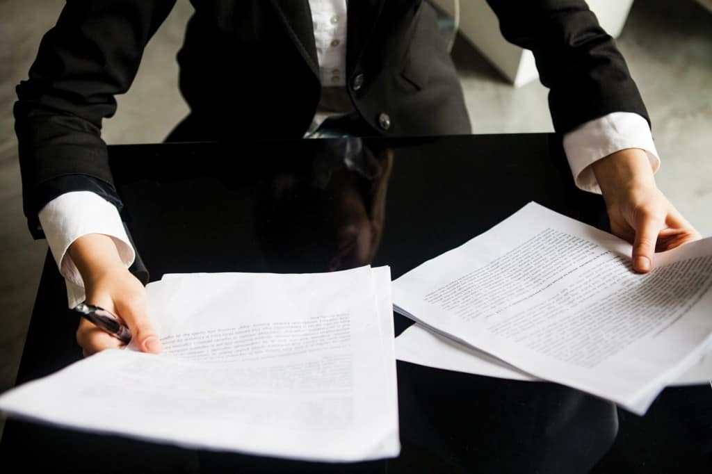 Оформление документов специалистом
